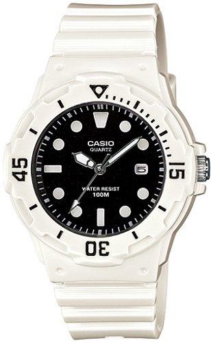 Часовник CASIO МОДЕЛ - LRW-200H-1E