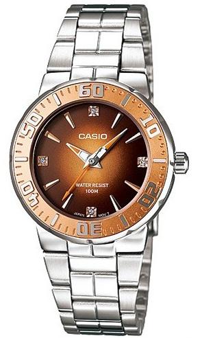 Часовник CASIO МОДЕЛ - LTD-2000D-5A